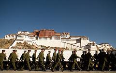 チベット/中国解放軍